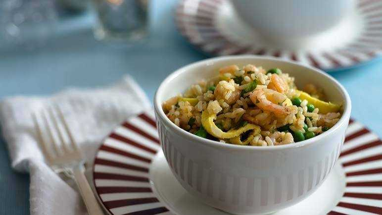 Prawn egg-fried rice image