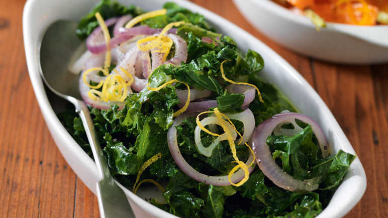 Pan-fried kale with red onion and lemo image