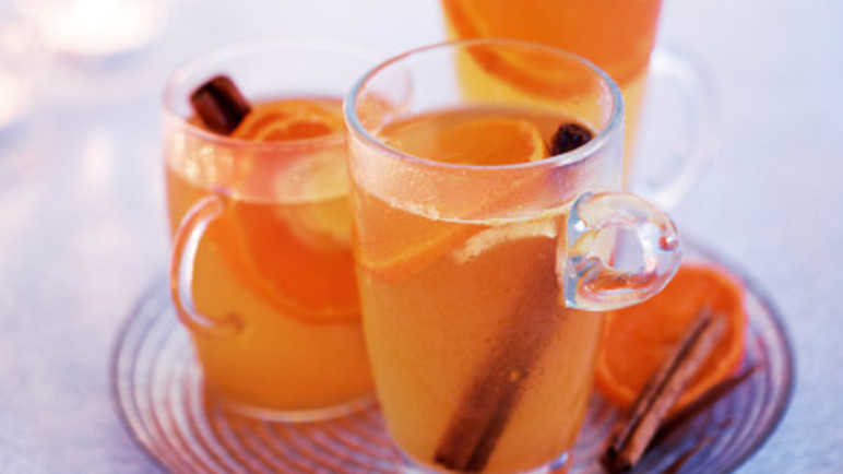 Mulled spiced cide image