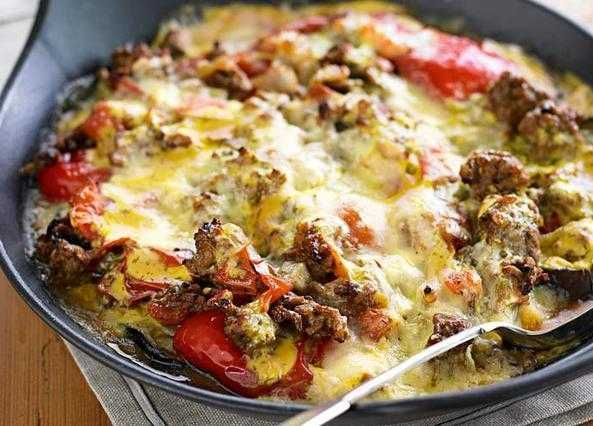 Lamb moussaka with tomatoes and peppers