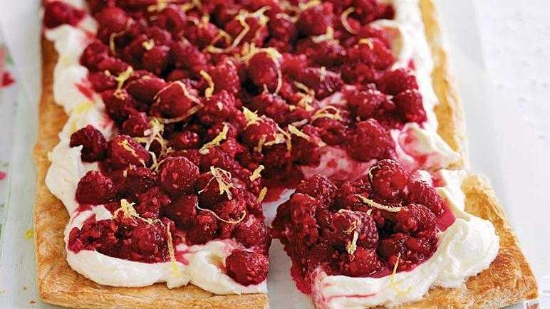 Juicy raspberry tart