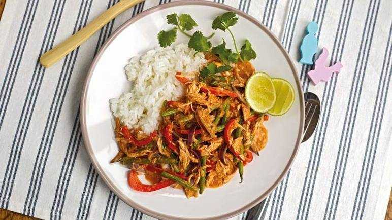 Thai chicken curry image