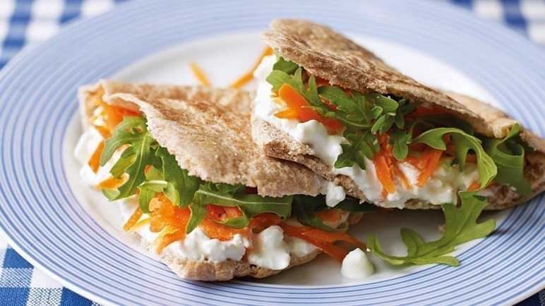 Cottage cheese, grated carrot & rocket pitta image
