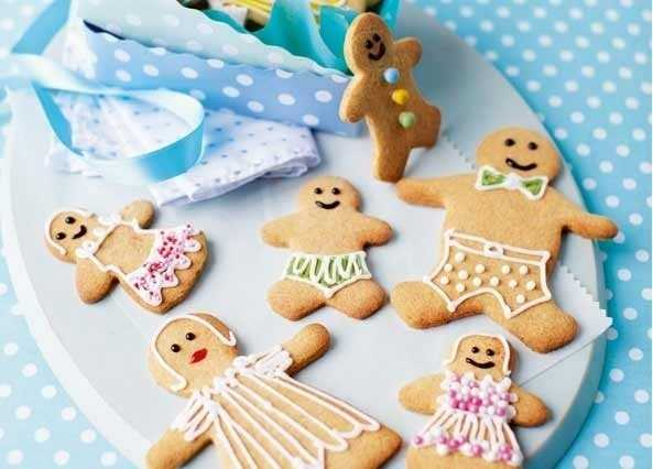 Gingerbread famil image