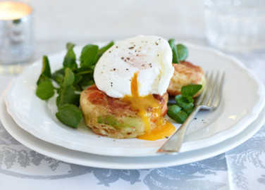 Bubble & squeak with poached egg image