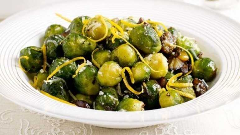Brussels sprouts with chestnut image