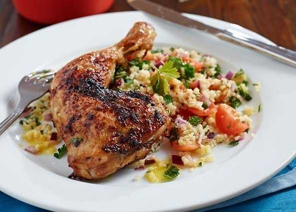 Bbq-style chicken with tabboule image