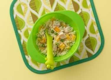 Couscous with apricots, peas and chicken
