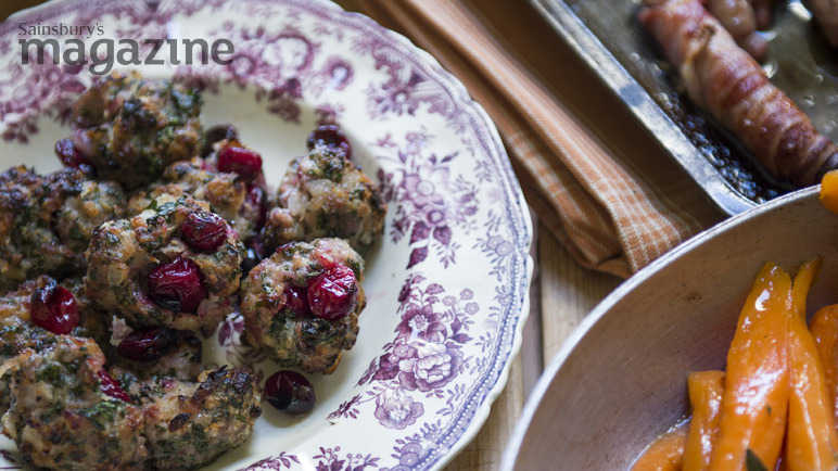Chestnut and date stuffing