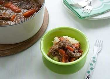 Slow-cooked beef with mash