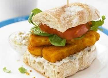 Posh fish finger sandwich with sweet potato chip image