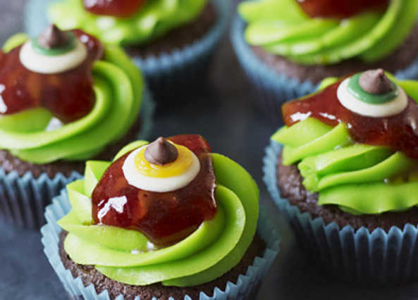 Monster eyeball cupcake image