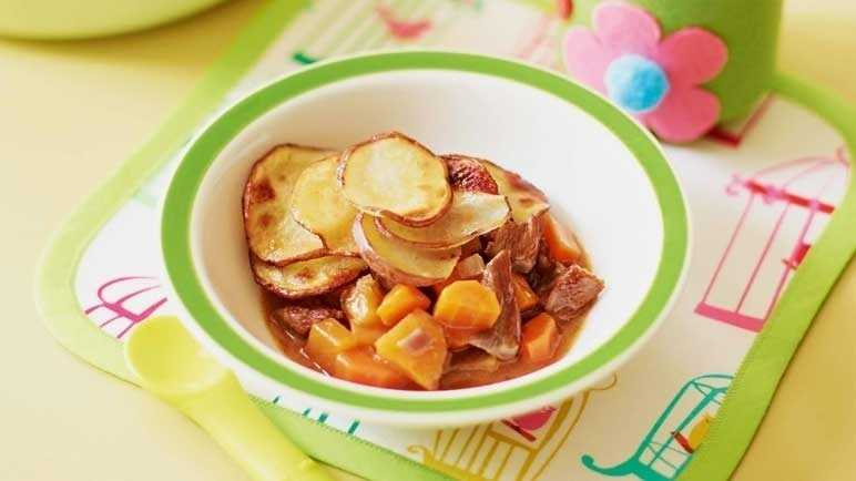 Golden lamb hotpot image