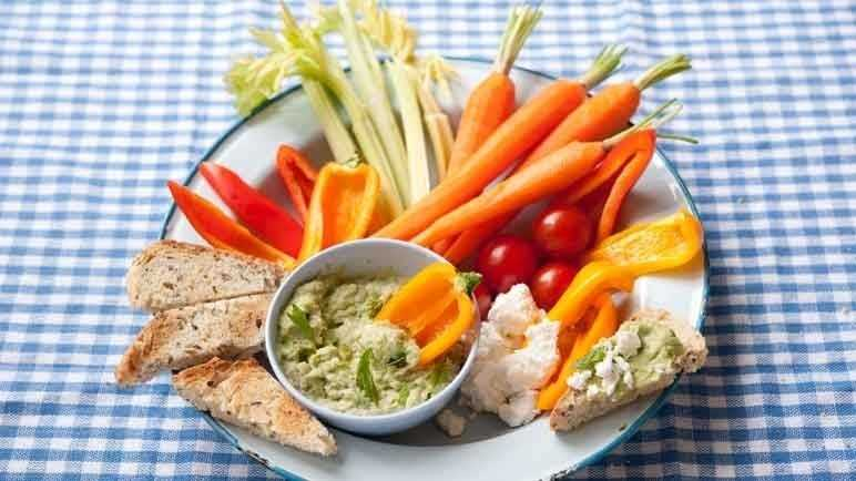 Fresh broad bean and mint dip image