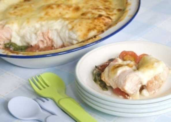 Fish, spinach and tomato gratin