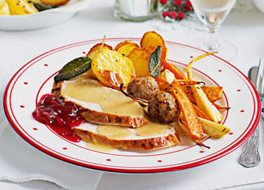 Easy roast christmas turke image