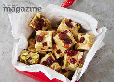 10-minute fruit and nut fudge