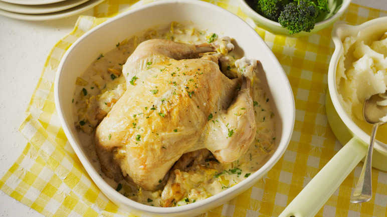 Creamy pot roast chicken with leek image