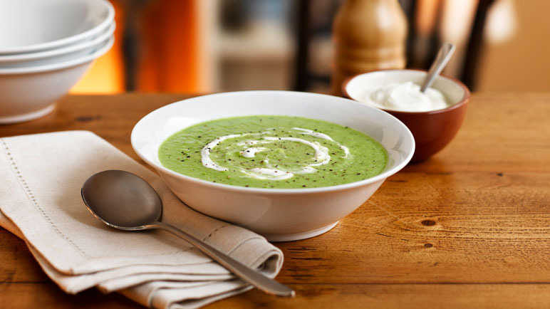 Image: Pea & mint soup