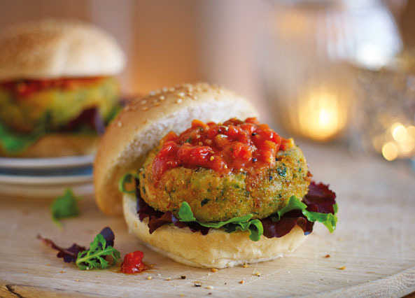 Image: Cheddar, bean and spinach burgers with hot tomato salsa
