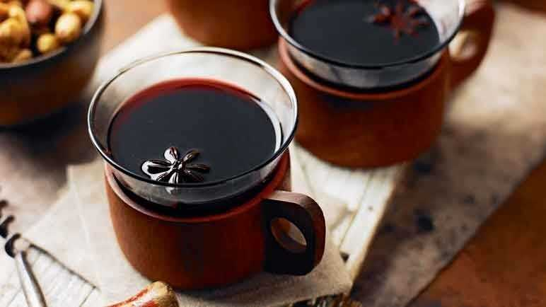 Image: Mulled red wine