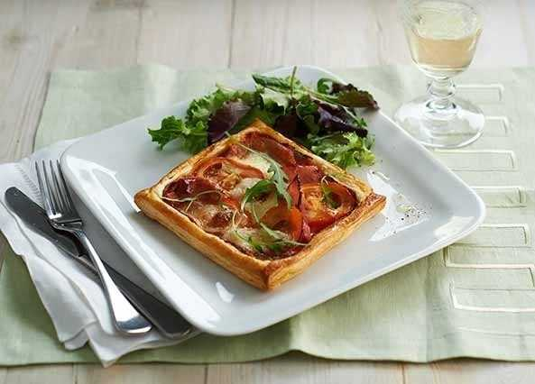 Image: Ham, mozzarella and tomato tart