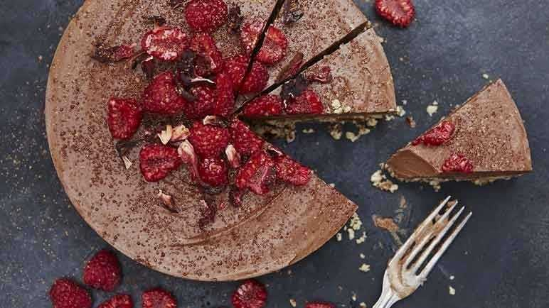 Image: Raw chocolate cheesecake