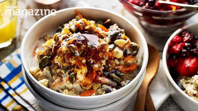 Image: Bircher-style muesli with ruby red fruit