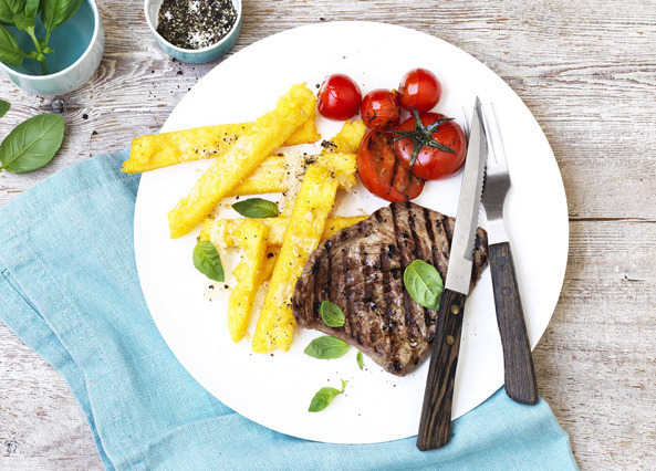 Image: Steak and polenta chips