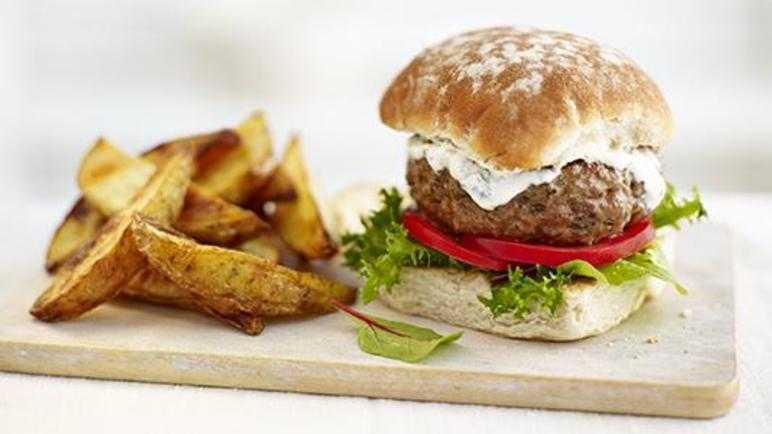 Lamb burgers with potato wedges