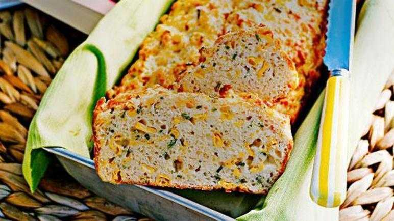 Corn, chive and parmesan loaf