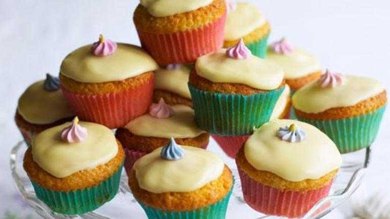 Recipe: Lemon cupcakes Sainsbury s