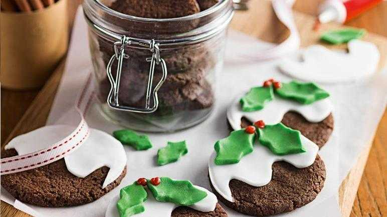 Recipe Christmas Pudding Cookies Sainsbury S