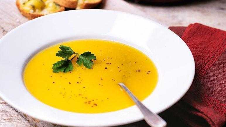 Vegetable soup with stilton crostini