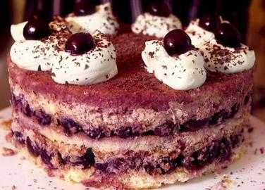 No-bake black forest gateau
