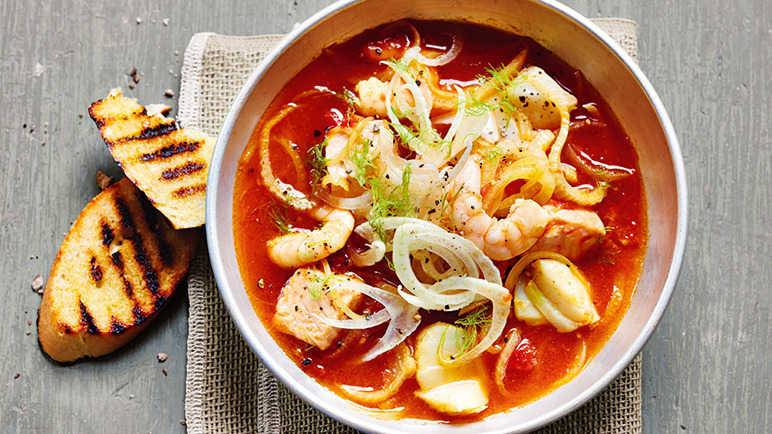 Image: Quick fish and fennel stew with garlic toasts