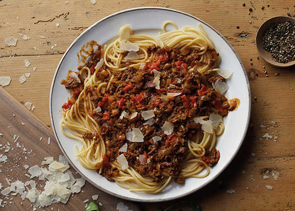 Image: Spaghetti bolognese with a coffee twist