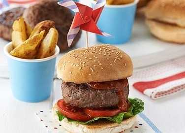 Image: Caramelised red onion beef burgers and potato wedges