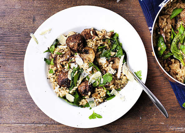 Image: Mushroom risotto with meatballs