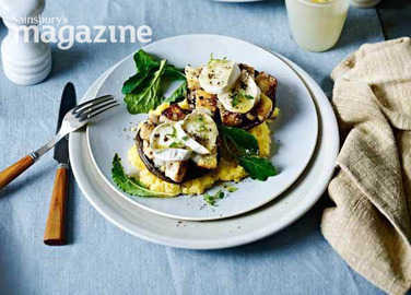 Image: Stuffed mushrooms with goats' cheese and creamy polenta