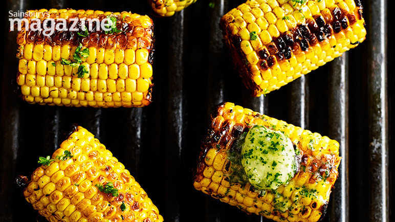 Image: Mexican-spiced corn on the cob with garlic and herb butter