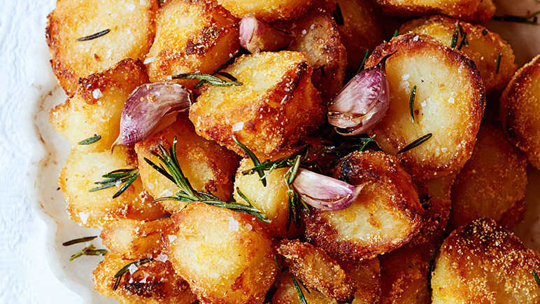 Image: Polenta roast potatoes