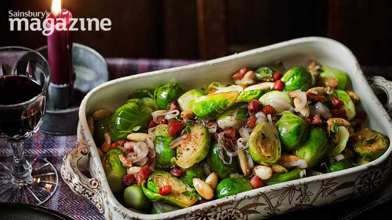 Sprouts with almonds and pancetta