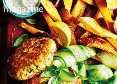 Image: Salmon burgers with sweet potato wedges