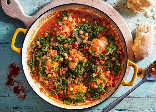 Recipe: Chicken, paprika, chickpea and kale pot