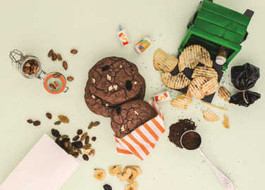 Image: Trash can cookies