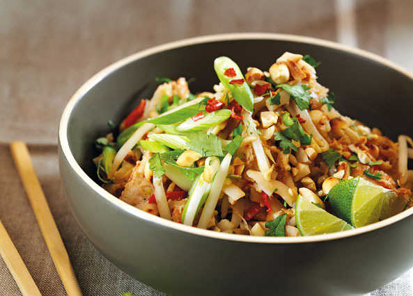 Image: Chicken and prawn Pad Thai