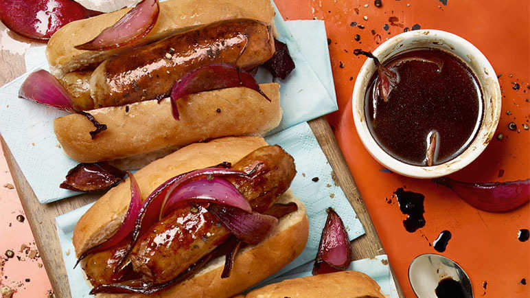 Image: Sausage dogs with a balsamic twist