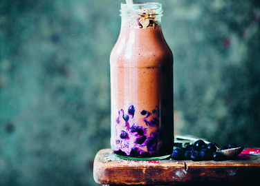 nuts-and-blues-smoothie