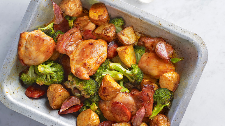 Image: Smoky chicken traybake